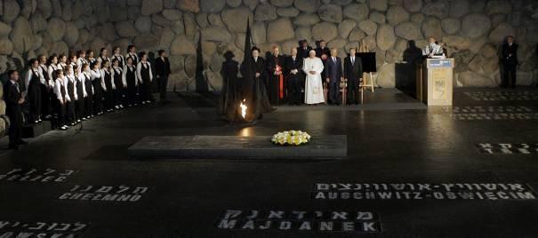 Le pape Benoit XVI à Yad Vashem Jérusalem