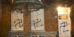 Uccle : des croix gammées tagguées sur une maison