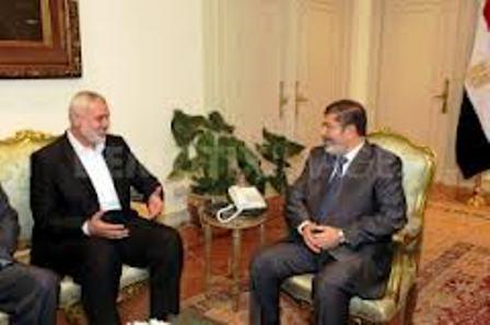 Ismaïel Haniez reçu par le Président d'Egypte Morsi - Entre Frères Musulmans, quelle entente..!!!