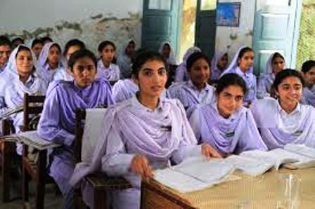 LePakistan où chaque année 700 jeunes filles chrétiennes sont kidnappées, violées, mariées et converties de force à l'islam...