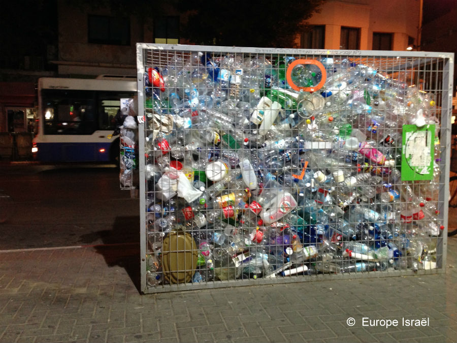 reservoir bouteilles pour recyclage Tel Aviv
