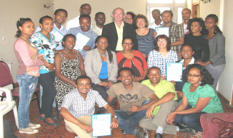 Le projet d'Hadassah «Art-Amour-Joie» chez les orphelins vivant avec le VIH / SIDA en Ethiopie