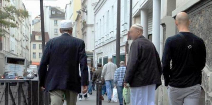 Djihadisme : et si l'état commençait par fermer les librairies salafistes de Paris ?