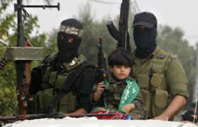 Une partie des médias égyptiens se déchaîne contre le Hamas et affiche ouvertement son soutien à Israël en critiquant les arabes-palestiniens dans leur ensemble