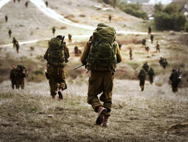 """Soldats israéliens entrant à Gaza lors de l'opération """"Plomb durci"""""""